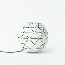 MegaLight Kugel-Tischleuchte SHINING FLAME BALL in weiß/ silber inkl. 3W Flammenlichtlampe